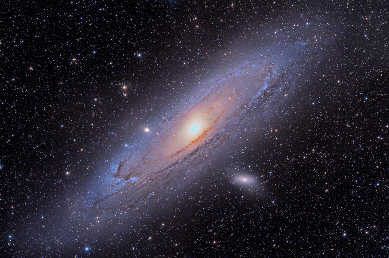 """Anwendung: M31 mit 11""""-RASA auf Bisque-Montierung – 18x5 Minuten ohne Nachführkontrolle. Aufnahme von Jimmy Walker."""