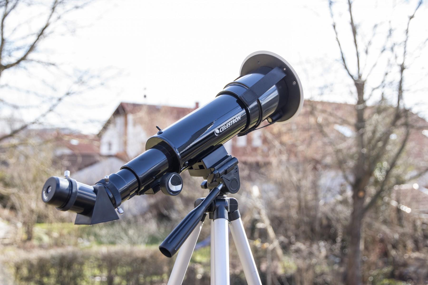 """Die Anwendungsbilder zeigen das nicht mehr erhältliche Vorgängermodell """"Travelscope 60 Solar System Edition"""""""